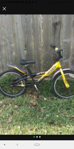 Trek bike 20 In for Sale in Hockley,  TX