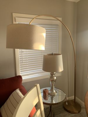 West elm Overarching Linen Shade Floor Lamp for Sale in Manhattan Beach, CA