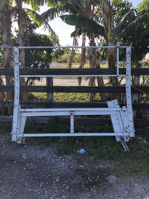 Ladder roof rack for Sale in Miami, FL