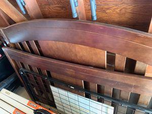 Good condition crib delta for Sale in Detroit, MI