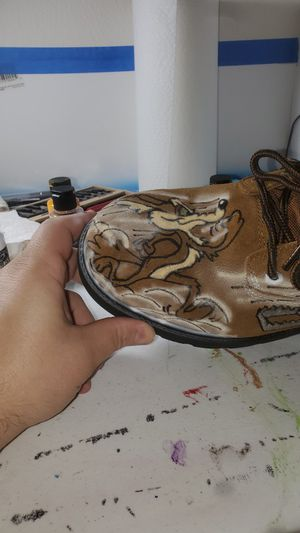 Airbrushed Looney Toon boots. for Sale in Trenton, NJ