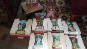 Wizard of oz collectibles plates, statues,and other items small rug also included for Sale in Tampa, FL