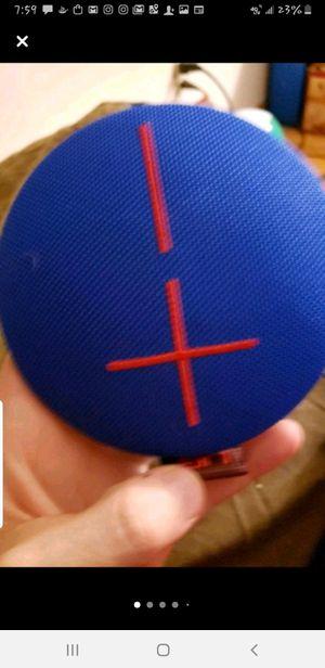UE Roll + floatie wireless bluetooth speaker for Sale in Minneapolis, MN
