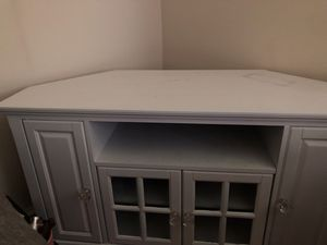 Corner style white tv stand for Sale in Washington, DC