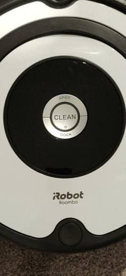 IRobot Roomba 670 Robot Vaccume With Charger for Sale in Charlotte,  NC