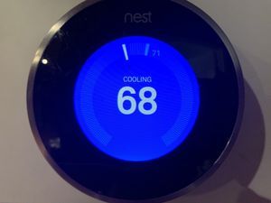 Nest thermostat. Like new works perfectly. New update installed for Sale in Homestead, FL