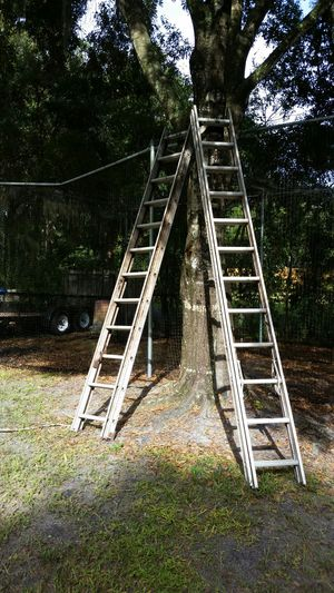 12-24 foot aluminum ladders for Sale in Lutz, FL