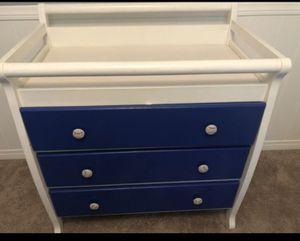 Baby changing table for Sale in Jurupa Valley, CA