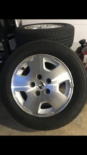 Tire 205/60/15 for Sale in Altamonte Springs, FL