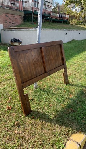Full solid wood head board FREE for Sale in Island Heights, NJ