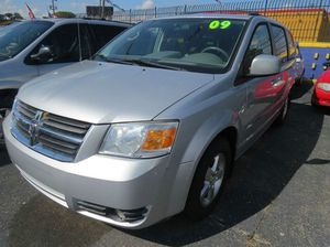 2009 Dodge Grand Caravan SXT Mini-Van 4dr for Sale in Detroit, MI