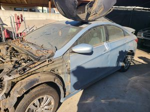 2010 Hyundai Sonata parting out for Sale in Los Angeles, CA