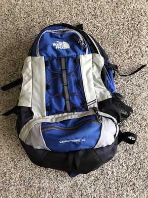 NORTHFACE BACKPACK cerrotorre 40 for Sale in Hammond, IN