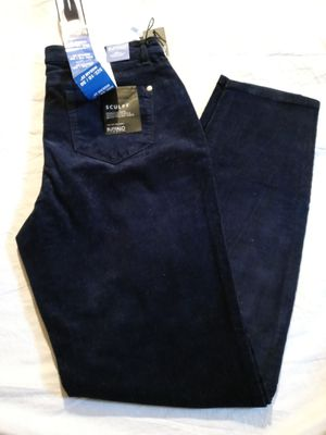 BUFFALO DAVID BITTON. STRETCHY JEAN FOR WOMEN SIZE 10/30. NEW for Sale in Tustin, CA