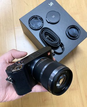 New $190 YI M1 Mirrorless Digital Camera with 42.5mm F1.8 Lens Storm Black (US Edition) for Sale in South El Monte, CA