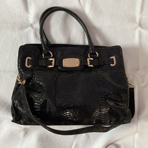 Michael Kors bag for Sale in Plainview, NY
