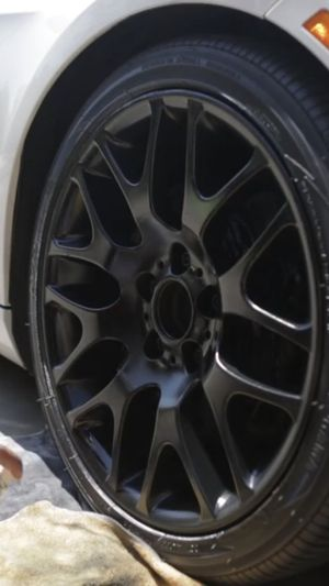 I will Plasti dip your runs & calipers for Sale in Glenview, IL