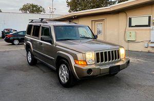 2006 jeep commander 4WD for Sale in Chesapeake, VA