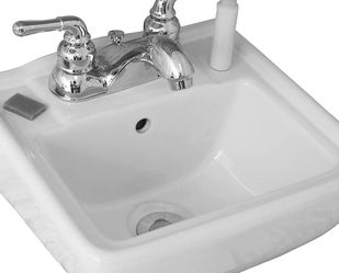Porcelain Bathroom Sinks, Wall Mounted for Sale in Fresno,  CA