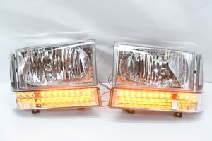 99-04 Ford F-250 f-350 f-450 f-550 super duty 00-04 Ford excursion headlights for Sale in Los Angeles, CA