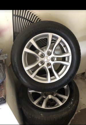 """18""""BF Goodrich p245/55 for Camaro rims and tires in good condition for sell for Sale in Atlanta, GA"""