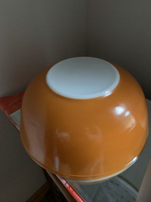Vintage orange Pyrex mixing bowl for Sale in Fresno, CA