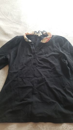 Burberry polo for Sale in Corona, CA