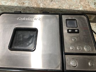 Cuisinart bread maker for Sale in Mount Dora,  FL