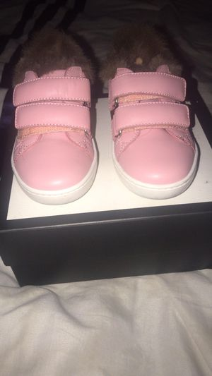 Kid Gucci shoe size 24 (8c) for Sale in Oakland, CA