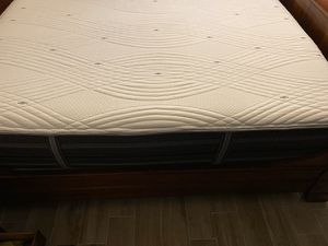 Gladney Hybrid Firm Mattress Queen Prime for Sale in Columbia, TN