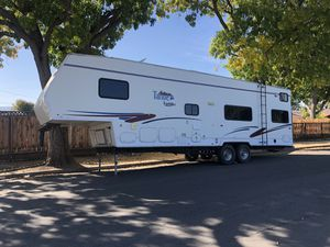 "Toy Hauler 36"" for Sale in Redwood City, CA"