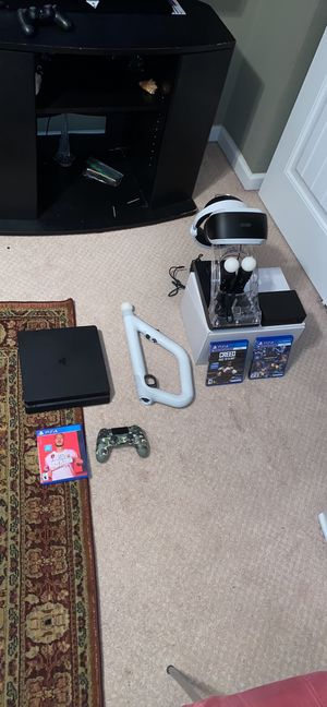 PS4 SLIM AND PSVR for Sale in Saint Charles, MO