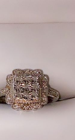 Vintage White Gold Ring for Sale in St. Louis,  MO