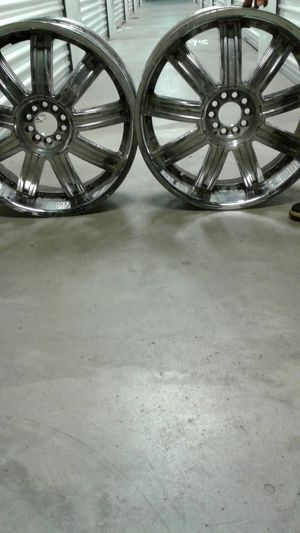 22 inch chrome rims for Sale in St. Louis, MO