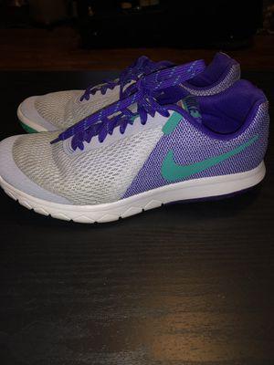 Nike women's running shoes for Sale in Nashville, TN