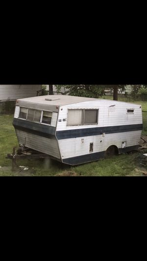 Lo-Hi Camper for Sale in Toledo, OH