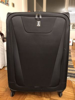 Travelpro Maxlite 4 Expandable 29 Inch Spinner Suitcase Luggage for Sale in Washington, DC