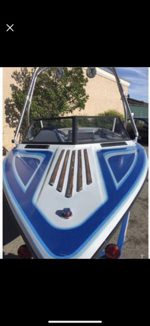 89 Sanger ski boat Whts for trade want a truck for Sale in Clovis, CA