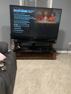 60in Mitsubishi TV with stand $300, TV works excellent!!!!! for Sale in Berkeley, IL