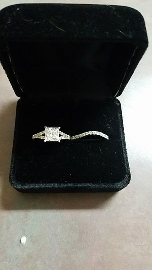14k White Gold Princess Cut Moissanite Bridal Set Engagement Ring size 4.5 for Sale in Lakeland, FL