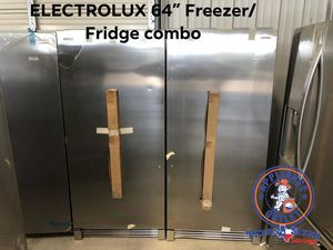 Electrolux refrigerator and freezer for Sale in Bellaire, TX
