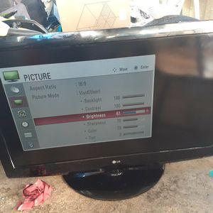 43' LG TV for Sale in Santa Maria, CA
