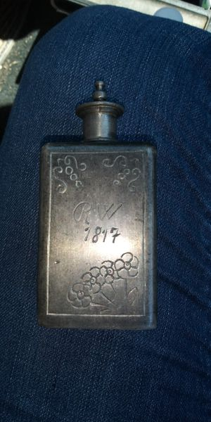 1817 pewter TABATIERE bottle snuff box Engraved pressed Flowers RW for Sale in Clarksville, TN