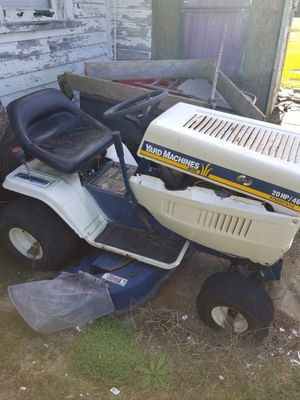 Riding lawn mower 22 hp bridge and Stratton for Sale in Kinston, NC