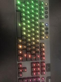 Logitech G915 Lightspeed Keyboard for Sale in Queens,  NY