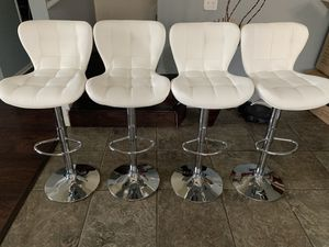 Brand new set of 4 white bar stools (jet) / white pub stools (jet) height adjustable and swivel for Sale in San Antonio, TX