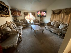Like new Victorian Furniture couch , Loveseat, and 2large chair , 5piece set tables ,4piece set curtains17 pieces for Sale in Glendale, AZ