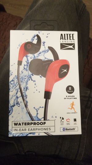 Waterproof in-ear earbuds for Sale in Chula Vista, CA