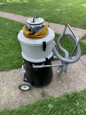 Commercial work drive vacuum for Sale in North Saint Paul, MN