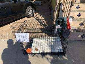 I have two dog cages great condition for Sale in Lake Elsinore, CA
